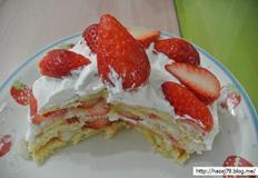 핫케이크 가루로 딸기 생크림 케이크 만드는법