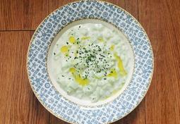 그리스의 전통 요리, 차지키 (Tzatziki)