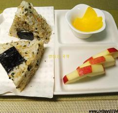 초록통쌀 삼각김밥