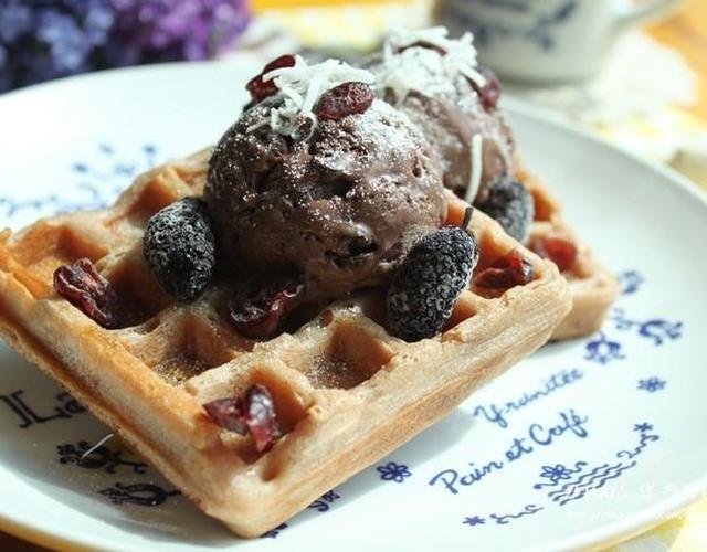 초코아이스크림 & 딸기쌀와플