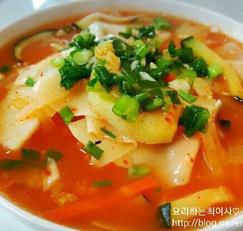 김치칼제비만들기~만두피를 이용한 수제비만들기^^