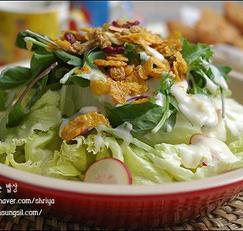 시리얼로 만든 요리~~~유자요구르트드레싱을 올린 시리얼 샐러드~