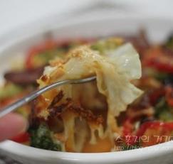 밀가루 도우 대신 양배추 도우! 칼로리 줄인 다이어트 요리 양배추피자