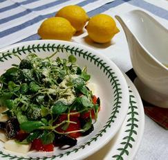 발사믹식초와 올리브오일 소스로 상큼한 토마토 셀러드 즐겨보세요