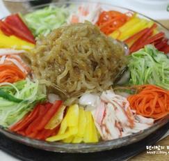 해파리냉채 시원하게 톡톡 쏘는 맛 해파리 손질하는 방법