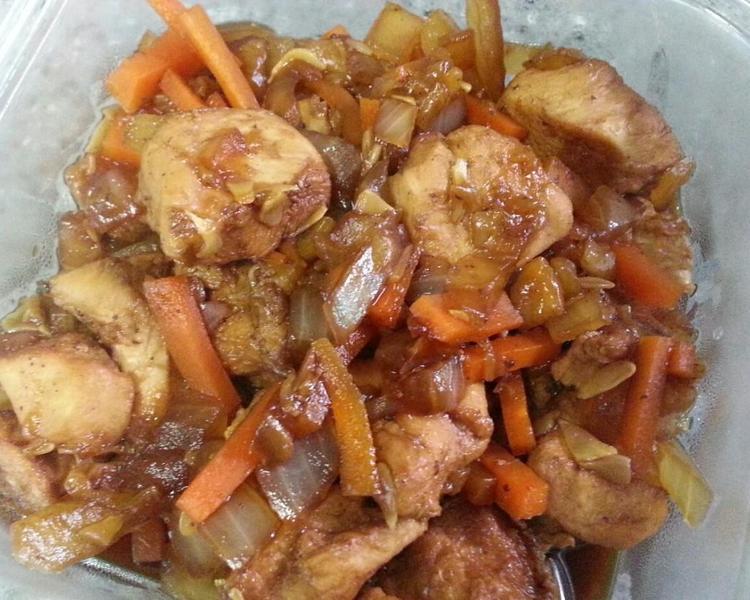 닭고기야채조림