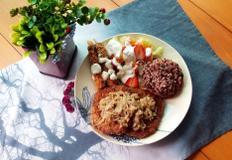 #냉동돈까스 양파볶음을 올린 돈까스만들기 #소스는 깔끔한 우스타소스로 느끼한 맛도 잡고 짭쪼름하게 먹는 돈까스!!