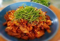묵말랭이 &주꾸미삼겹볶음과 봄나물유자무침