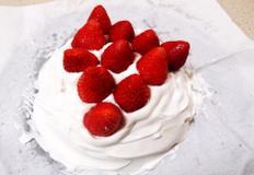 #바닐라케익믹스로 만드는 딸기생크림케익만들기 #오븐없이 전자렌즈로 케익을 만들 수 있다!!