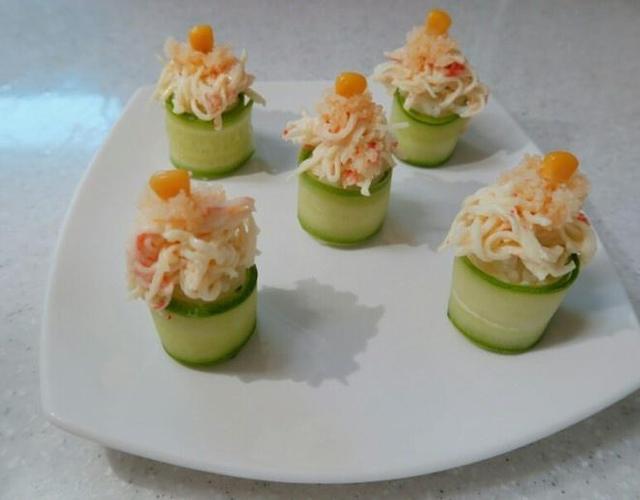 오이롤초밥