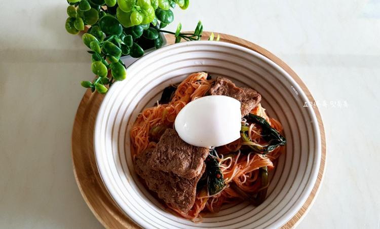 다욧면요리  열무비빔쌀국수