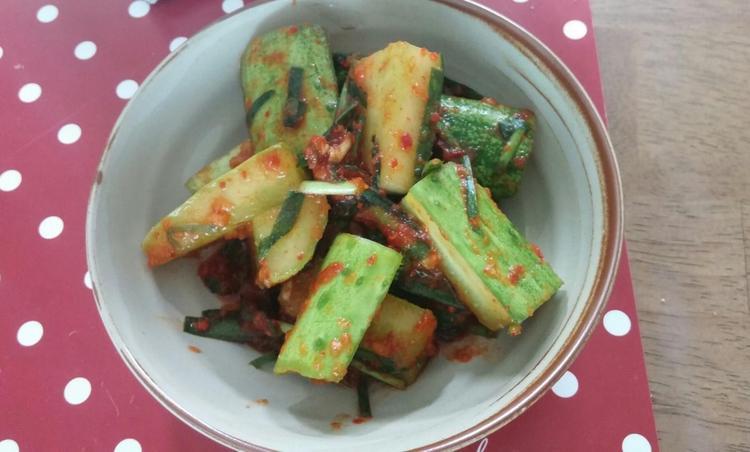 아이와 함께 먹는 초간단 오이 소박이식 김치