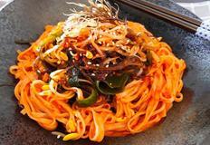 해초 비빔국수 / 꼬시래기요리
