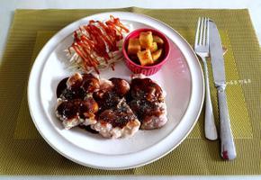 다욧중에 단백질 보충 닭다리스테이크