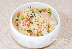 한그릇 뚝딱 햇반으로 볶음밥 만들기 즉석밥으로 베이컨 햄야채 볶음밥 만드는 방법