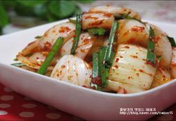 아삭아삭 달콤한 색다른 김치의 맛! 양파김치