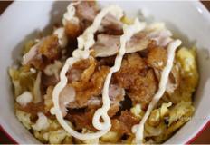 먹다남은 치킨 활용법, 치킨마요덮밥으로~!!