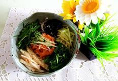 제철 과일 채소로 신선한 복숭아연어회덮밥