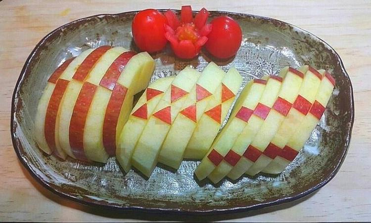 추석명절때 예쁘게 과일깎아서한번 내봐요!