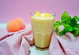 복숭아 쥬스 만들기 우유넣어 라떼로 부드럽게 마시기!