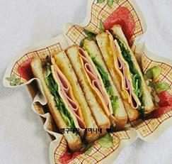 간단한 샌드위치 만들기 햄과 치즈가 듬뿍 들어간 홈브런치 ~