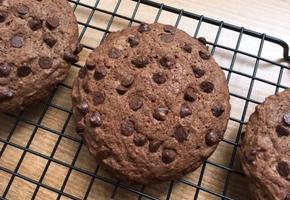 촉촉한 초코칩 쿠키 만들기 : 초콜릿 듬뿍!