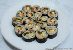 견과류와 청양고추 넣어 알싸하고 맛있는 포프리쌀 김밥
