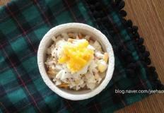 달걀샐러드:숟가락으로 퍼묵퍼묵