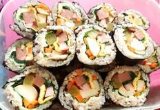 비록 출근하지만 기분은 소풍인 김밥