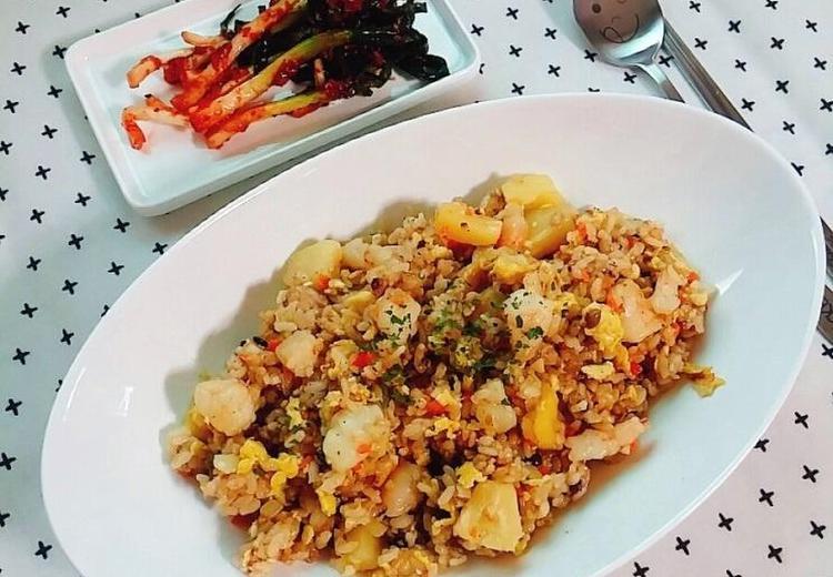 파인애플 볶음밥(혼밥, 간단 한그릇으로 좋아요)