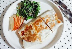 치킨퀘사디아(또띠아요리, 간식, 브런치로 좋아요)