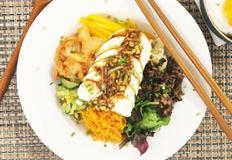물컹한 식감이 맛있는 순두부비빔밥! (+순두부 간장양념장)