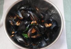 깔끔한 홍합탕 끓이기, 홍합손질법.