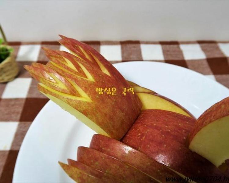 사과로 새조각 만들기