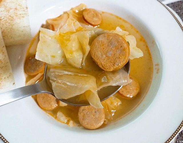 양배추 스프(쉬운요리라 식사대용으로 좋아요.)