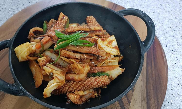 국민 반찬! 오징어 볶음 [백종원 레시피] 만들기~ (1마리기준)