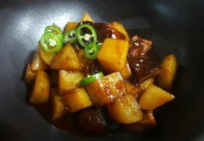찜닭양념 감자조림, 매콤하니 환상이에요^^
