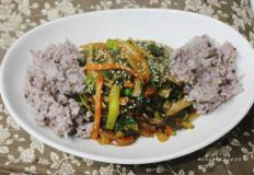 부추잡채덮밥 - 간편 한끼 식사로