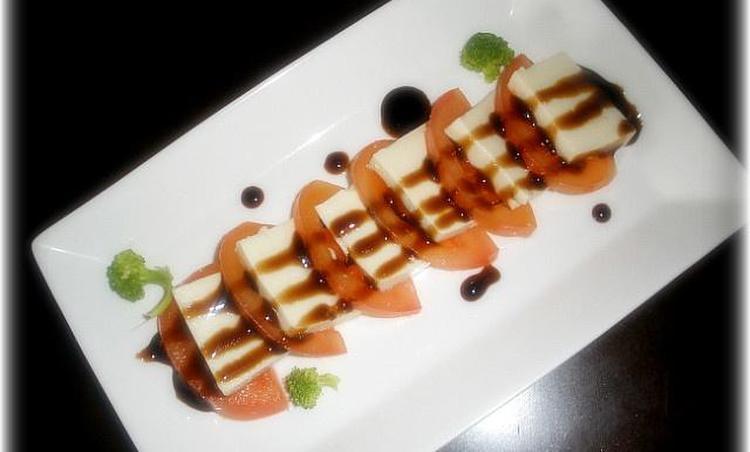 토마토두부샐러드:모짜렐라치즈 대신 두부!