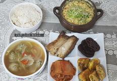 톡톡 씹히는 맛이 일품인 홍새우 알 계란찜