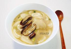 키조개 관자 요리 : 관자버섯떡국/저녁메뉴