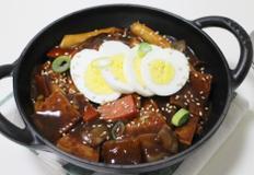 짜장떡볶이 맛있게 만들기 양념에 밥까지 볶아먹어요!