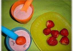 딸기두부쉐이크:우유 없을 때 만들어 보세요