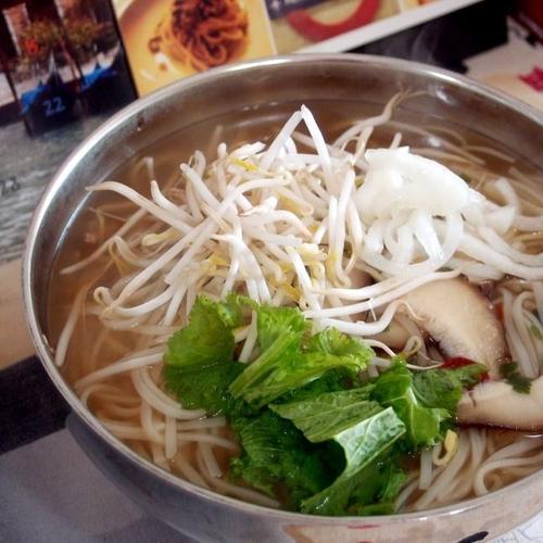 #양파절임만들기 #쌀국수만들기 #양파절임과 숙주, 표고버섯을 넣은 쌀국수!!!