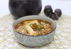 숙취해소및 감기에 좋은 김치콩나물국