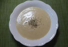 고소하고 부드러운 감자스프, 우유가 들어가 고소하고 부드러운 효리네민박 이효리 감자수프