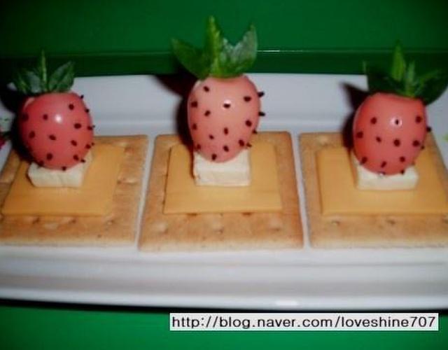 딸기인듯 딸기아닌 딸기같은 딸기?/메추리알 딸기
