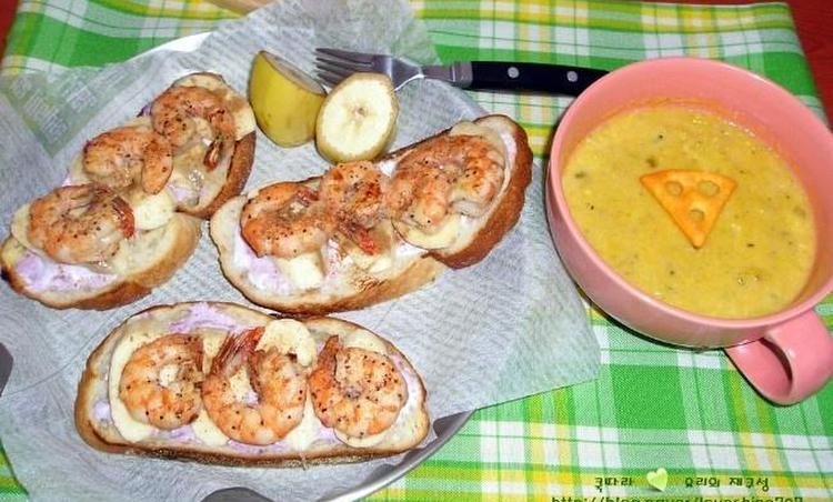 간단 오픈 샌드위치/바나나 새우 요거트 토스트