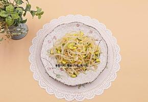 콩나물요리, 아삭아삭 고소한 콩나물무침 만드는 법 -