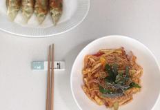 주말 점심은 호로록 '비빔국수'